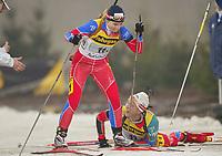 Skiskyting - Oppvisning Schalke Arena Gelsenkirchen - 28.12.2002<br /> Hallvard Hanevold og Linda Tjørholm - Norge<br /> Foto: Uwe Speck, Digitalsport
