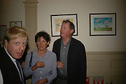 Boris Johnson, Julia and Ferninand Mount, BOOK PARTY FOR TABATHA'S CODE BY MATTHEW D'ANCONA. Spectator. Doughty St. London. 11 May 2006. ONE TIME USE ONLY - DO NOT ARCHIVE  © Copyright Photograph by Dafydd Jones 66 Stockwell Park Rd. London SW9 0DA Tel 020 7733 0108 www.dafjones.com