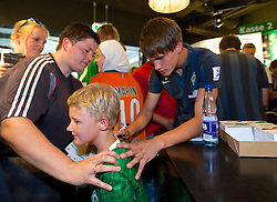 03.08.2014, Weserstadion, Bremen, GER, SV Werder Bremen, Tag der Fans, im Bild Luca-Milan Zander (SV Werder Bremen #25) bei der Autogrammstunde im Fanshop // during the supporters day of the german 1st Bundesliga Club SV Werder Bremen at the Weserstadion in Bremen, Germany on 2014/08/03. EXPA Pictures © 2014, PhotoCredit: EXPA/ Andreas Gumz<br /> <br /> *****ATTENTION - OUT of GER*****