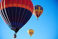 Hot Air Balloon Ride in Albuquerque, New Mexico. Image taken with a Nikon 1 V1 camera and 30-110 mm lens (ISO 100, 30 mm, f/3.8, 1/400 sec).