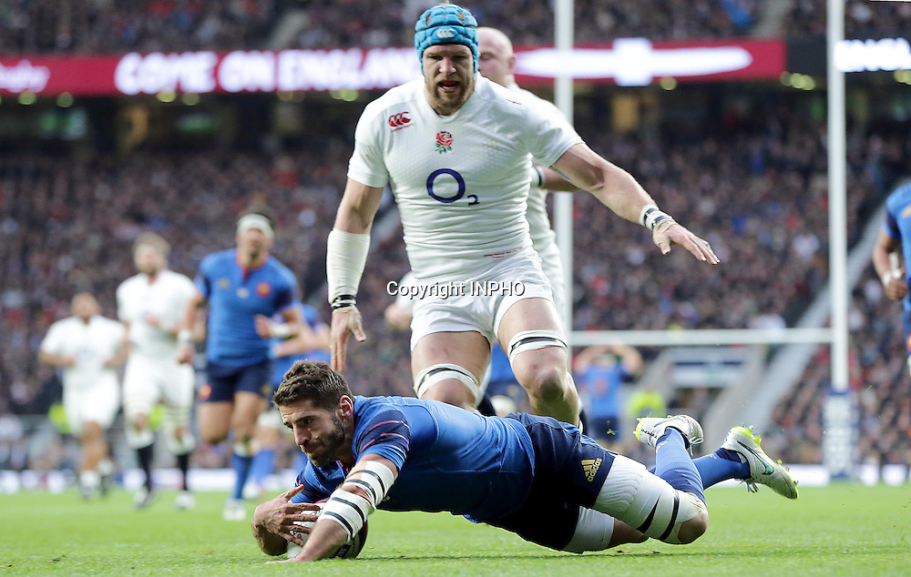 RBS 6 Nations Championship, Twickenham Stadium, London, England 21/3/2015<br /> England vs France<br /> France's S&eacute;bastian Tillous-Borde scores a try<br /> Mandatory Credit &copy;INPHO/Morgan Treacy