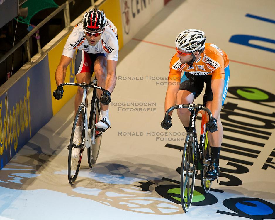 08-01-2012 WIELRENNEN: RABOBANK ZESDAAGSE: ROTTERDAM<br /> (L-R) Sprinters Mickael Bourgain FRA, Teun Mulder<br /> (c)2012-FotoHoogendoorn.nl / Peter Schalk