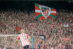 30.05.2015, Camp Nou, Barcelona, ESP, Copa del Rey, Athletic Club Bilbao vs FC Barcelona, Finale, im Bild Athletic de Bilbao's supporters // during the final match of spanish king's cup between Athletic Club Bilbao and Barcelona FC at Camp Nou in Barcelona, Spain on 2015/05/30. EXPA Pictures © 2015, PhotoCredit: EXPA/ Alterphotos/ Acero<br /> <br /> *****ATTENTION - OUT of ESP, SUI*****