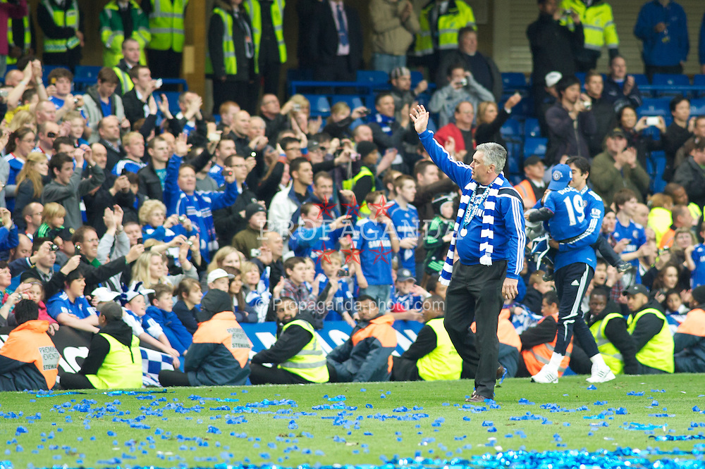 LONDON, ENGLAND - Sunday, May 9, 2010: Chelsea's Manager Carlo Ancelotti thanks the Chelsea fans after winning the Barclays Premier League Trophy in his first year at the club during the final Premiership match of the season at Stamford Bridge. (Pic by Gareth Davies/Propaganda)