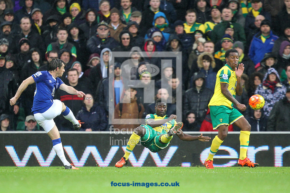 Leighton Baines of Everton has a shot on goal during the Barclays Premier League match at Carrow Road, Norwich<br /> Picture by Paul Chesterton/Focus Images Ltd +44 7904 640267<br /> 12/12/2015