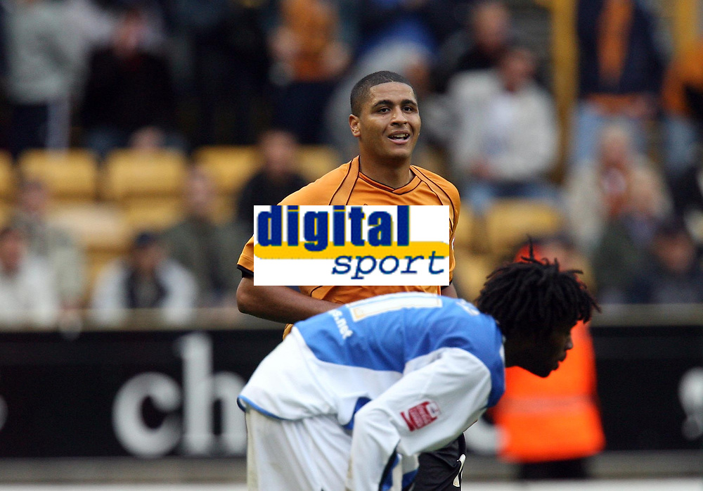 Photo: Rich Eaton.<br /> <br /> Wolverhampton Wanderers v Sheffield Wednesday. Coca Cola Championship. 28/10/2006. Leon Clarke manages a smile after hurting himself when scoring his second goal of the game to make it 2-2