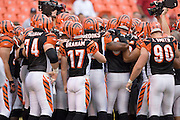 KANSAS CITY, MO - SEPTEMBER 10:  Cincinnati Bengals team huddles before a game against the Kansas City Chiefs on September 10, 2006 at Arrowhead Stadium in Kansas City, Missouri.  The Bengals won 23 to 10.  (Photo by Wesley Hitt/Getty Images)***Local Caption***Bengals