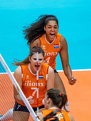 19-10-2018 JPN: Semi Final World Championship Volleyball Women day 18, Yokohama<br /> Serbia - Netherlands / Celeste Plak #4 of Netherlands