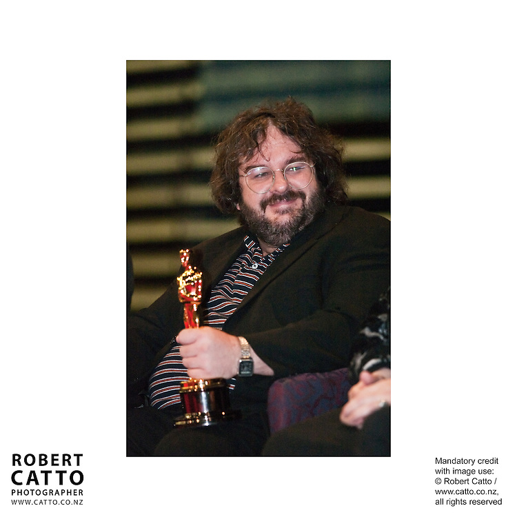 After the Lord Of The Rings: The Return Of The King's historic 11 wins at the Oscars in 2004, Wellington had a civic reception for all the winners to gather in one place.  Present were Peter Jackson, Richard Taylor, Grant Major, Dan Hennah, Alan Lee, Phillippa Boyens, Jamie Selkirk, Alex Funke, Ngila Dickson, and a number of the winners for sound & technical awards.  Over 20 Oscars sat on a single table in front of a crowd of hundreds of Wellingtonians, as Mayor Kerry Prendergast welcomed the filmmakers home.