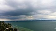Blick auf den Bodensee, dunkle Wolken, Überlinger See bei Maurach/Birnau, Baden-Württemberg, Deutschland