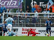 FODBOLD: Philip Zinckernagel (SønderjyskE) scorer til 1-0 under kampen i ALKA Superligaen mellem SønderjyskE og FC Helsingør den 28. juli 2017 på Sydbank Park i Haderslev. Foto: Claus Birch
