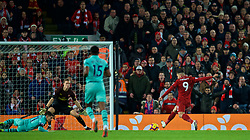 LIVERPOOL, ENGLAND - Saturday, December 29, 2018: Liverpool's Roberto Firmino scores the second goal during the FA Premier League match between Liverpool FC and Arsenal FC at Anfield. (Pic by David Rawcliffe/Propaganda)