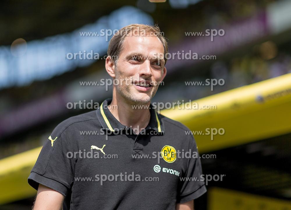 30.08.2015, Signal Iduna Park, Dortmund, GER, 1. FBL, Borussia Dortmund vs Hertha BSC, 3. Runde, im Bild Cheftrainer Thomas Tuchel (Dortmund) // during the German Bundesliga 3rd round match between Borussia Dortmund and Hertha BSC at the Signal Iduna Park in Dortmund, Germany on 2015/08/30. EXPA Pictures &copy; 2015, PhotoCredit: EXPA/ Eibner-Pressefoto/ Hommes<br /> <br /> *****ATTENTION - OUT of GER*****