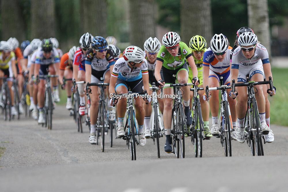 Boels Rental Ladiestour 2013 Zaltbommel-Veen Marissa Otten en Annemiek van Vleuten