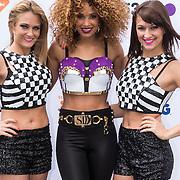 NLD/Breda/20140426 - Radio 538 Koningsdag, Sharon Doorson en danseressen