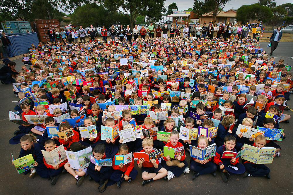 Premiers Reading Challenge, All 620 student at Darley Primary School are participating in the challenge  .Pic By Craig Sillitoe SPECIALX 000 melbourne photographers, commercial photographers, industrial photographers, corporate photographer, architectural photographers, This photograph can be used for non commercial uses with attribution. Credit: Craig Sillitoe Photography / http://www.csillitoe.com<br />