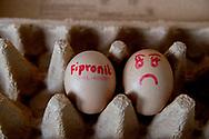 eieren foto's van gif fipronil in ei jesper drenth<br /> <br />  acaricide acuut bedrijf besmette besmetting bestrijdingsmiddel bezorgdheid bloedluisbestrijder bloedluisbestrijdingsmiddel chickfriend crisis dega-16 dosis drinken economie ei eten fipronil-eieren fipronil-ramp geblokkeerde gevaar gezondheidsrisico gif gifeieren gifschandaal gifstoffen het hoge holland insecticide kippeneieren leverancier leverschade met nederland nederlandse nierschade nvwa pluimveehouders pluimveesector problemen ramp risico schadelijke schandaal schildklierschade stof terugroepactie veiligheid verboden vergif vernietigen verwijderen voeding voedsel voedselautoriteit voedselveiligheid volksgezondheid warenautoriteitzorgen