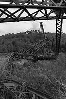https://Duncan.co/couple-at-collapsed-bridge