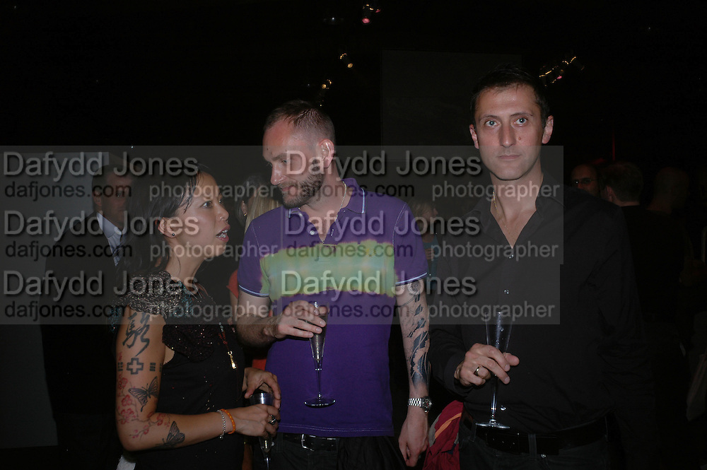 Winni Lok, Richard Sorger and Gareth Williams. Established and Sons UK Launch during Design Week. The Bus Depot, Hertford Road. Hoxton. 22 September 2005.  ONE TIME USE ONLY - DO NOT ARCHIVE © Copyright Photograph by Dafydd Jones 66 Stockwell Park Rd. London SW9 0DA Tel 020 7733 0108 www.dafjones.com