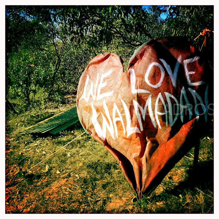 We love Walmadan, Aboriginal Country now under threat of Gas Hub