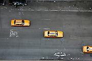 Wednesday July 2nd 2008. .New York, New York. United States..View on 6th Avenue from the 20th floor balcony of an apartment located on West 55th Street...