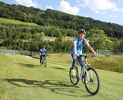 01.07.2016, Athletic Area, Schladming, AUT, U19 EURO, Vorbereitung Deutschland, DFB U19 Junioren, im Bild Johannes Eggestein (Werder Bremen, Deutschland U19) unterwegs mit einem Mountainbike // during a training camp of Team Germany for preparation for the UEFA European Under-19 Championship at the Athletic Area, Austria on 2016/07/01. EXPA Pictures © 2016, PhotoCredit: EXPA/ Martin Huber