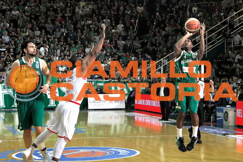 Avellino 24/05/2016 - Basket Lega A Campionato Italiano Pallacanestro 2015-16 semifinale play-off gara 4 Sidigas Avellino - Grissin Bon Reggio Emilianella foto: Marques Greenfoto Ciamillo