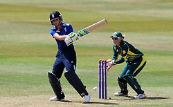England's Charlotte Edwards pulls the ball. - Photo mandatory by-line: Harry Trump/JMP - Mobile: 07966 386802 - 21/07/15 - SPORT - CRICKET - Women's Ashes - Royal London ODI - England Women v Australia Women - The County Ground, Taunton, England.