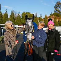 Flighty Filia with winning owners<br /> The 32RedSport.com Handicap Cl5<br /> Lingfield Park 24/2/16.<br /> &copy;Cranhamphoto.com
