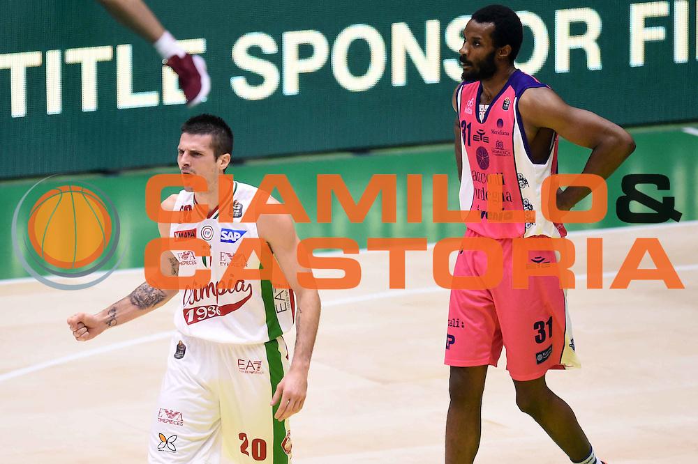 Andrea Cinciarini<br /> EA7 Emporio Armani Olimpia Milano - Banco di Sardegna Dinamo Sassari <br /> Poste Mobile Final Eight F8 2017 <br /> Lega Basket 2016/2017<br /> Rimini, 19/02/2017<br /> Foto Ciamillo-Castoria