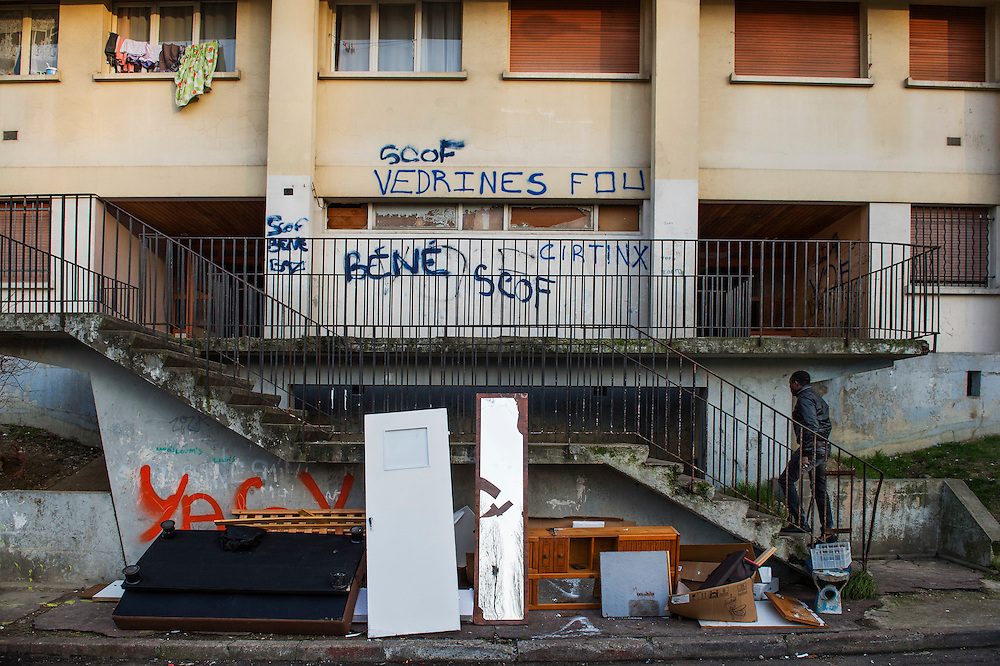 10 years ago, on 27 October 2005 riots broke out in the French suburbs.  It started here with the death of two boys, in Clichy sous Bois, 15 km from Paris, an economically deprived suburb. Housing complex Chene Pointu is one of the most dilapidated apartment complexes in France, only here the poor can rent an appartment without questions asked. 22 January 2015, Clichy sous Bois, France.