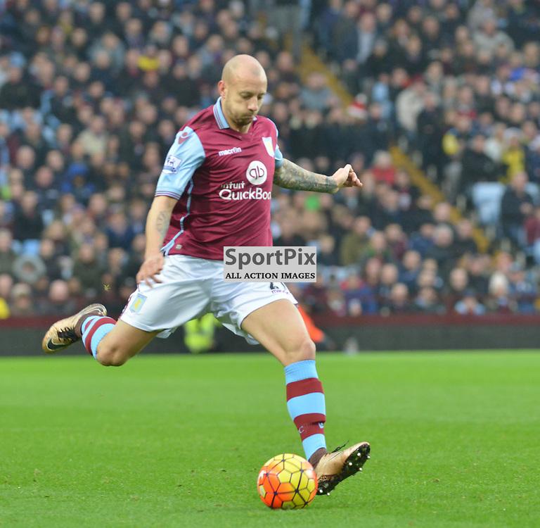Villa's Scottish defender Alan Hutton in action against Arsenal.....(c) BILLY WHITE | SportPix.org.uk