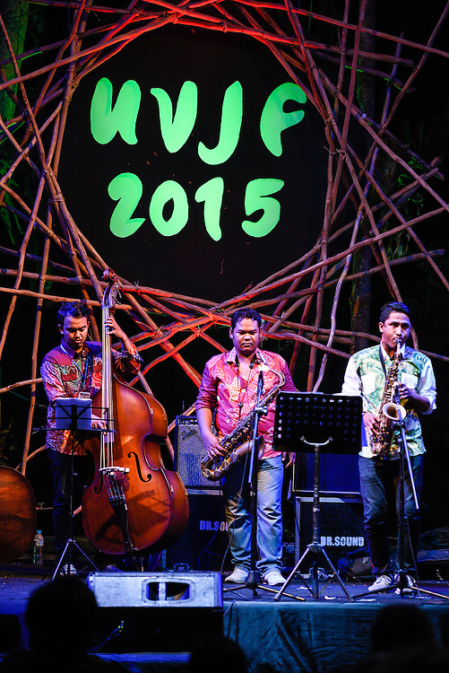 Dodot & Co performing at Ubud Village Jazz Festival, 7/8/2015.
