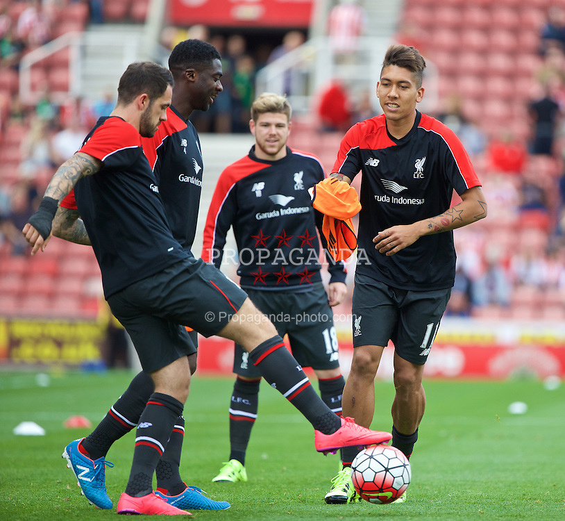 STOKE-ON-TRENT, ENGLAND - Sunday, August 9, 2015: Liverpool's Roberto Firmino and Danny Ings warm-up before the Premier League match against Stoke City at the Britannia Stadium. (Pic by David Rawcliffe/Propaganda)