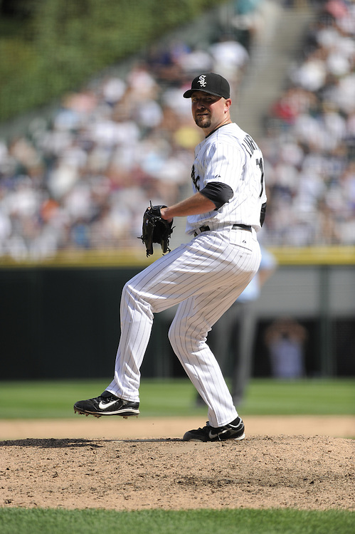 CHICAGO - AUGUST 02:  Scott Linebrink #71 of the Chicago White Sox pitches against the New York Yankees on August 2, 2009 at U.S. Cellular Field in Chicago, Illinois.    The Yankees defeated the White Sox 8-5. (Photo by Ron Vesely)