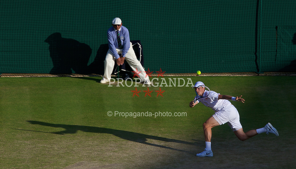 LONDON, ENGLAND - Monday, July 1, 2013: Tomas Berdych (CZE) during the Gentlemen's Singles 4th Round match on day seven of the Wimbledon Lawn Tennis Championships at the All England Lawn Tennis and Croquet Club. (Pic by David Rawcliffe/Propaganda)