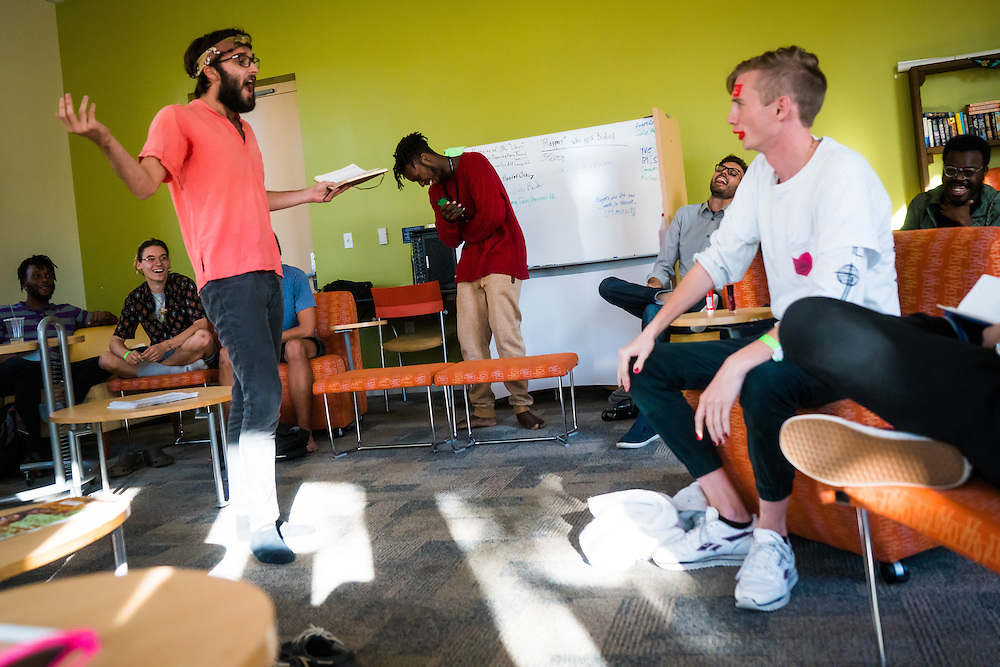 SARASOTA, FL -- August 19, 2016 -- Students take a rap tutorial in the ACE Cafe at New College of Florida in Sarasota, Florida. (PHOTO / New College of Florida, Chip Litherland)