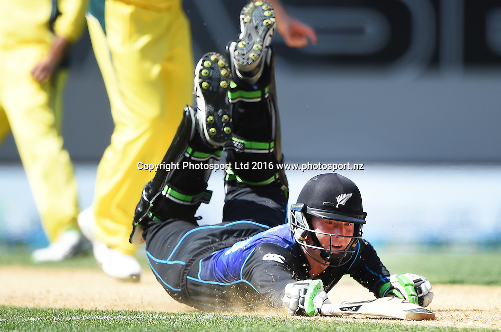 Martin Guptill dives as he is run out. New Zealand Black Caps v Australia, Chappell Hadlee Trophy and ANZ ODI Cricket Series. Eden Park, Auckland, New Zealand. Wednesday 3 February 2016. Copyright photo: Andrew Cornaga / www.photosport.nz