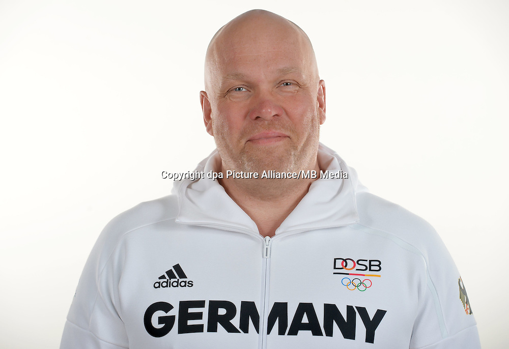 Hanns Christian Harzmann poses at a photocall during the preparations for the Olympic Games in Rio at the Emmich Cambrai Barracks in Hanover, Germany. July 25, 2016. Photo credit: Frank May/ picture alliance. | usage worldwide