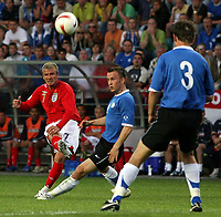 Photo: Paul Thomas.<br /> Estonia v England. UEFA European Championships Qualifying, Group E. 06/06/2007.<br /> <br /> David Beckham of England crosses.