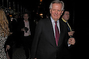 Steven Norris. Conservative fund raising dinner hosted  by Marco Pierre White and Franki Dettori at  Frankie's. Knightsbridge. 17 January 2004. ONE TIME USE ONLY - DO NOT ARCHIVE  © Copyright Photograph by Dafydd Jones 66 Stockwell Park Rd. London SW9 0DA Tel 020 7733 0108 www.dafjones.com