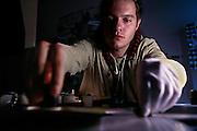 Berlin, Hochschule fur film und fernsehen Konrad Wolf, The Film & Television Academy (HFF) ?Konrad Wolf?, , David  studente per il  montaggio pellicola.....Berlin, Hochschule fur film und fernsehen Konrad Wolf, The Film & Television Academy (HFF) ?Konrad Wolf ,David editing student.