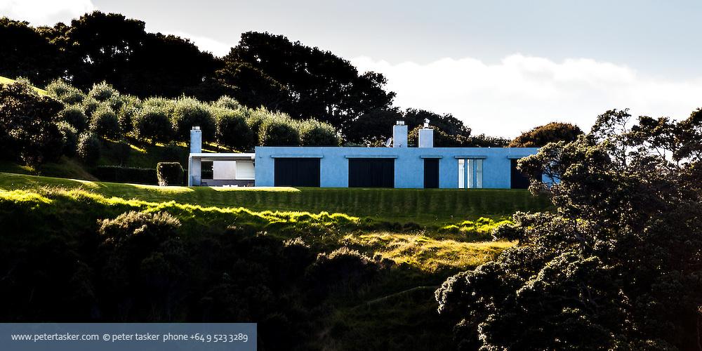 House, Te Miro Bay, Waiheke Island, Auckland, Hauraki Gulf, New Zealand.