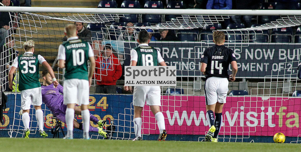Jason Cummings scores from the spot for Hibs<br /> in the Scottish Championship Match at the Falkirk Stadium(c) Andrew West | SportPix.org.uk