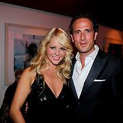 NLD/Amsterdam/20111002 - Uitreiking John Kraaijkamp awards 2011, Chantal Janzen en partner Marco Geeratz