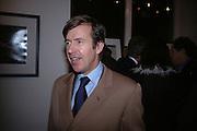 John Stoddart, American Life. Michael Hoppen gallery. Jubilee Place. London. 29  November 2005. ONE TIME USE ONLY - DO NOT ARCHIVE  © Copyright Photograph by Dafydd Jones 66 Stockwell Park Rd. London SW9 0DA Tel 020 7733 0108 www.dafjones.com