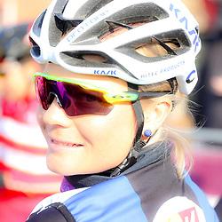 09-04-2016: Wielrennen: Energiewachttour vrouwen: Zuidhorn