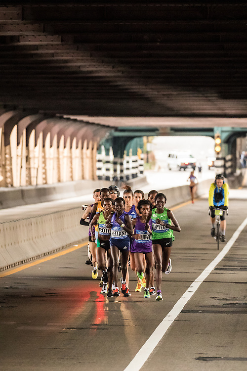 elite women leaad pack on Queensboro Bridge at mile 15
