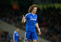 15.02.2014, Etihad Stadion, Manchester, ESP, FA Cup, Manchester City vs FC Chelsea, Achtelfinale, im Bild Chelsea'c David Luiz, action against Manchester City // during the English FA Cup Round of last 16 Match between Manchester City and FC Chelsea at the Etihad Stadion in Manchester, Great Britain on 2014/02/15. EXPA Pictures © 2014, PhotoCredit: EXPA/ Propagandaphoto/ David Rawcliffe<br /> <br /> *****ATTENTION - OUT of ENG, GBR*****