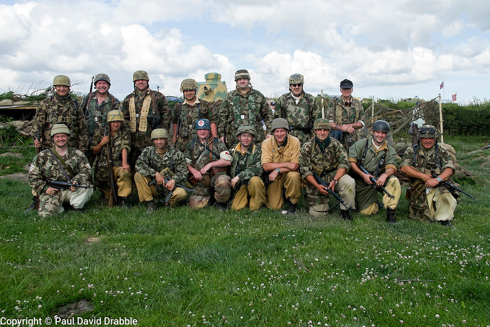 World War Two re-enactors protraying members of the 1 fallschirmj&auml;ger Division 3 fallschirmj&auml;ger Regiment also known as the green devils in tropical uniform on the Gothic line Italy during the Yorkshire War Experience at Hunsworth near Bardford West Yorkshire.  <br />